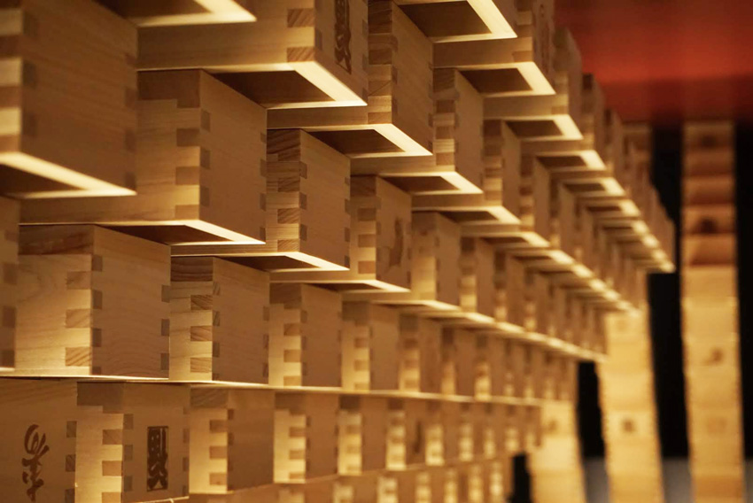 枡を使った内装材 MASPACIO 施工事例 日本酒とおばんざいのお店 おざぶ2